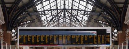 Grand conseil dans la station de train Images stock