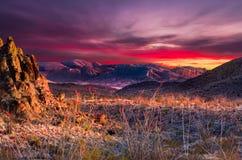 Grand coucher du soleil de courbure photos libres de droits