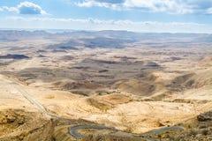 Grand cratère, désert du Néguev Photo stock