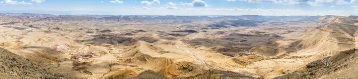 Grand cratère, désert du Néguev Image libre de droits