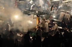 Grand dos d'EL Fna de Djemaa, Marrakech Photographie stock libre de droits