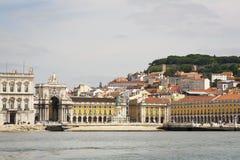Grand dos de commerce à Lisbonne Images libres de droits