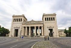 grand dos majestueux de musées de konigsplatz Photo stock