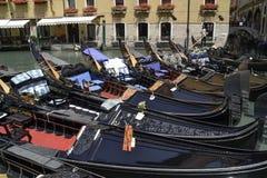 Grand endroit tranquille pour louer une gondole photo stock