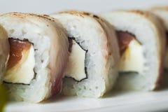 grand ensemble avec des sushi et des petits pains Photos stock