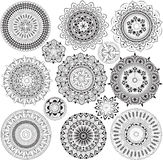 Grand ensemble de mandalas illustration de vecteur