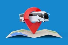 Grand entraîneur blanc Tour Bus au-dessus de carte abstraite pliée de navigation avec la cible Pin Pointer rendu 3d image stock