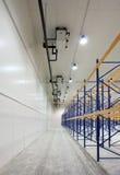 Grand entrepôt neuf construit Images libres de droits