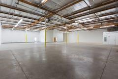 Grand entrepôt vide Image stock