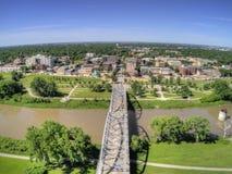 Grand Forks är en stor North Dakota stad på Redet River på genomskärningen av huvudväg 2 och mellanstatliga 29 en timmesöder av royaltyfri foto
