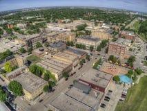 Grand Forks är en stor North Dakota stad på Redet River på genomskärningen av huvudväg 2 och mellanstatliga 29 en timmesöder av arkivfoto