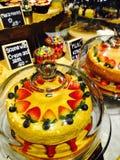 Grand gâteau photo libre de droits