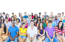 Grand groupe d'étudiant dans la salle de conférence Image libre de droits