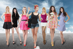 Grand groupe de jeunes femmes Photographie stock