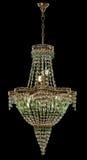 Grand lustre avec les cristaux verts d'isolement sur le fond noir Photographie stock libre de droits