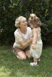 Grand-mère et petite-fille Photo libre de droits