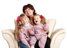 Grand-mère et petite-fille deux heureux. Photo stock
