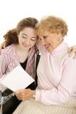 Grand-maman heureuse du jour de mère Photographie stock libre de droits