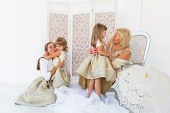 Grand-maman, mère et filles Image stock