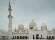 The grand mosque of Abu Dhabi Stock Photos