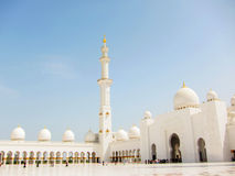 The Grand Mosque with blue sky Royalty Free Stock Photos
