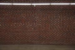 Grand mur de briques Photographie stock libre de droits