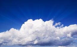 Grand nuage blanc Photo libre de droits