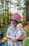 Grand-père le 4 juillet Images libres de droits