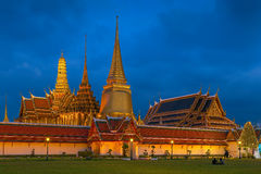 Grand Palace and Wat Phra Kaew at twilight Stock Images