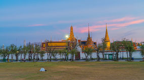 Grand palace and Wat phra keaw Stock Images
