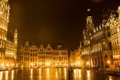 Grand Place, Bruselas: visión desde el centro al lado de nordeste Imagen de archivo libre de regalías