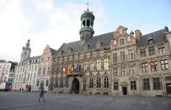 Grand Place och stadshuset, Mons, Belgien Arkivfoto