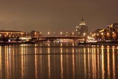 Grand pont de Krasnokholmsky Images libres de droits