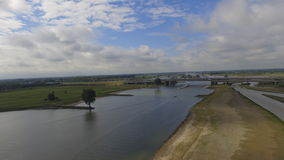 Grand pont de rivière Image libre de droits