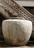 Grand pot de l'eau Photo libre de droits