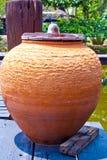 Grand pot de terre Photo libre de droits