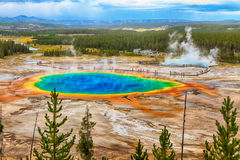 Free Grand Prismatic Spring Stock Images - 44261384