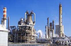 Grand raffinerie de pétrole en Italie Image libre de droits