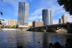 Grand Rapids, Michigan im Stadtzentrum gelegen lizenzfreie stockfotografie