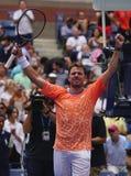 Grand Slam-de Kampioen Stanislas Wawrinka van Zwitserland viert overwinning na zijn eerste ronde gelijke bij het US Open van 2018 royalty-vrije stock foto