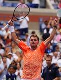 Grand Slam-de Kampioen Stanislas Wawrinka van Zwitserland viert overwinning na zijn eerste ronde gelijke bij het US Open van 2018 stock foto's