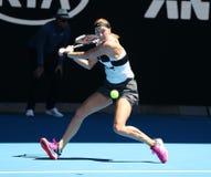 Grand Slam-Kampioen Petra Kvitova van Tsjechische Republiek in actie tijdens haar halve finalegelijke bij het Australian Open van stock foto