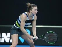Grand Slam-Kampioen Simona Halep van Roemenië in actie tijdens haar ronde van gelijke 16 bij het Australian Open van 2019 in het  stock fotografie