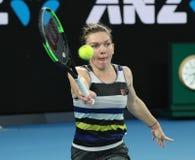 Grand Slam-Kampioen Simona Halep van Roemenië in actie tijdens haar ronde van gelijke 16 bij het Australian Open van 2019 in het  stock afbeelding