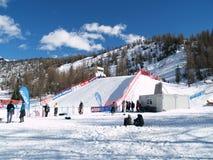 Grand snowboard d'air Photo stock