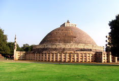 Grand stupa d'Inde de sanchi, patrimoine mondial bouddhiste de monuments images libres de droits