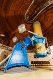 Grand télescope optique de vieux trophée Image stock