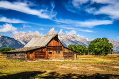 Grand Teton scenic view with abandoned barn on Mormon Row Stock Images