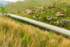 Grand tuyau de trou pour la centrale hydroélectrique Photo stock