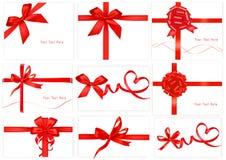Grande accumulazione degli archi rossi del regalo. Vettore. Immagini Stock